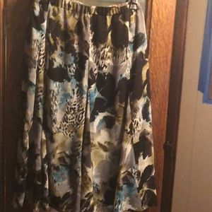 Christopher & Banks size L circle skirt
